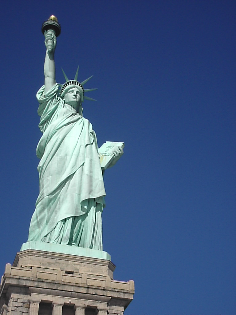 statue of liberty descriptive essay essay statue of liberty essay